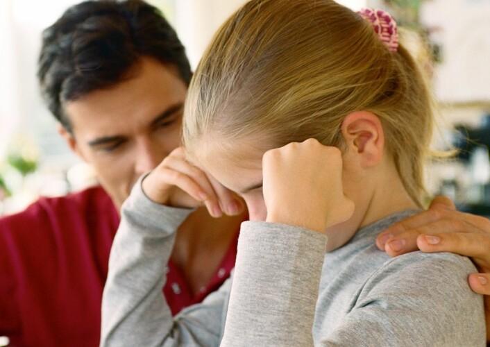 Barn har behov for foreldre som hjelper den med å håndtere tanker og regulere følelser i forhold til andre. (Foto: Colourbox)