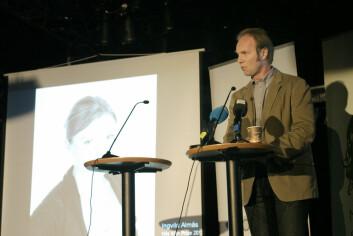 Kjetil Bjorvatn ved Norges Handelshøyskole kommenterte tildelingen av Nils Klim-prisen ved å understreke at Ingvild Almås har utført banebrytende forskning av høy kvalitet innen sitt felt. (Foto: Andreas R. Graven)