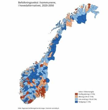 Her er SSB sine tall for befolkningutviklingen i alle kommuner de neste 30 årene. (Du finner lenke til samme kart interaktivt øverst i artikkelen.) Det er første gangen at SSB legger fram så detaljerte framtidige befolkningstall for kommunene. På PC: KLIKK på forstørrelsesglasset for å få dette kartet større. Rødt varsler kraftig befolkningsøkning i kommunen. Lyserød er 5-15 % økning. Lyseblått er stabil befolkning. Mørkeblått er befolkningsnedgang på inntil 5 %.