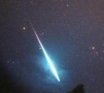 """""""De aller fleste meteorider er små støvkorn som brenner opp i atmosfæren som stjerneskudd."""""""