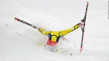 Ny forskning søker å redusere antallet skader i alpint, uten at sporten blir mindre spennende. Løperen på bildet kom fra fallet uten skader. (Foto: Agence Zoom/FIS)