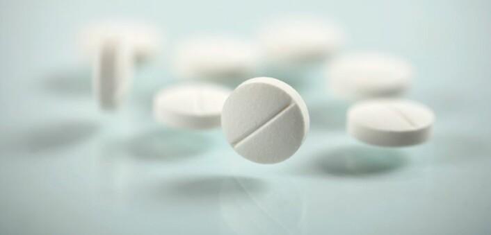 Mange gravide bruker en god del smertestillende i svangerskapet, mot hodepine, feber og smerter i rygg og bekken. (Foto: iStock)