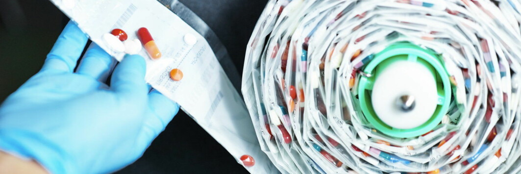 Multidoser er maskinpakkede ruller med medisindoser. Hver pose er merket med dato og et klokkeslett for når medisinen skal tas.