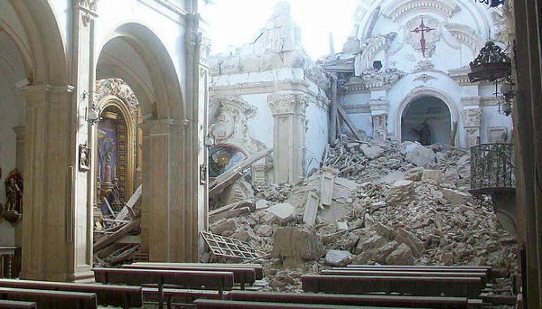 La iglesia de Santiago i Lorca ble ødelagt av jordskjelvet i 2011. antonio periago/Wikimedia Commons