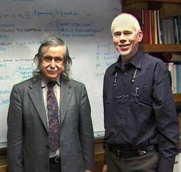 Francis Everitt og artikkelforfatteren, fotografert i mars 2004. (Foto: privat)