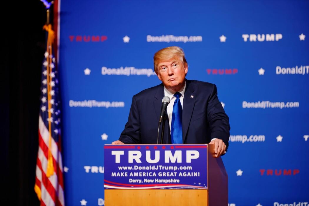 Blant sine egne: President Donald Trump i støtet under valgmøte i New Hampshire.