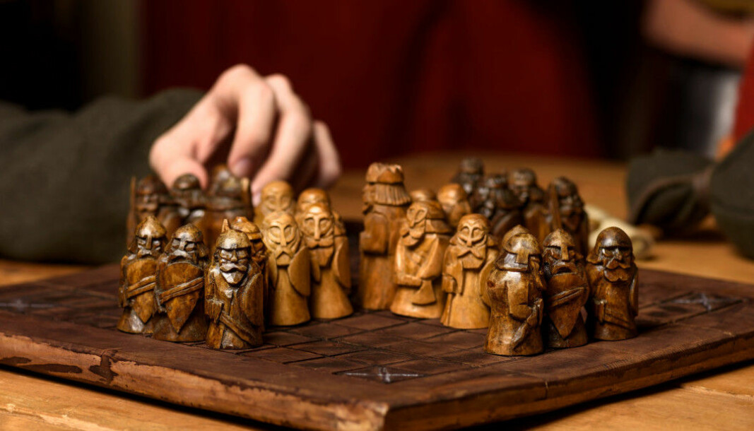 The design of the boards and pieces varies between different archaeological finds, so there will most likely have been many variants of the board game we know as hnefatafl.