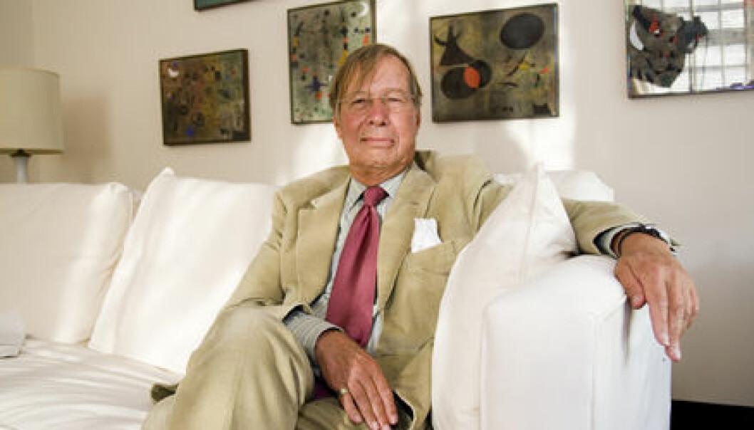 """Professor Ronald Dworkin tildeles Holbergprisen 2007. Foto: Siv Birgitta Systad/Holbergprisen."""