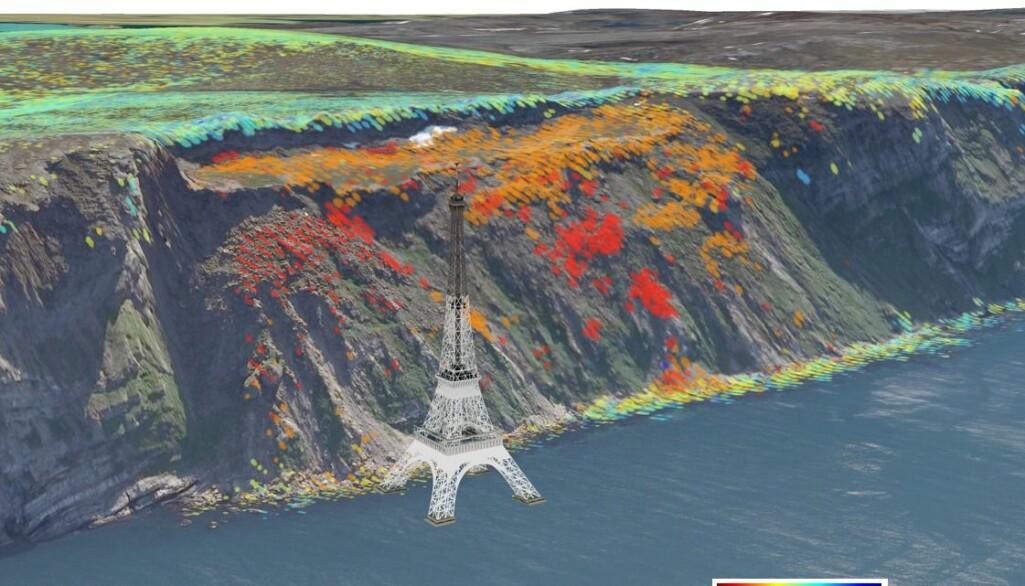 Kartet fra InSAR Norge viser det nyoppdagede, ustabile fjellpartiet Reinbenken/Kruvnnut i Porsangerfjorden, sammenlignet med størrelsen til Eiffeltårnet.