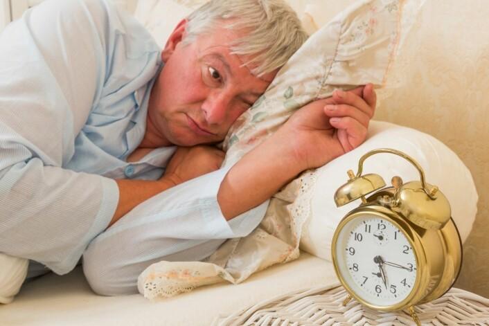 Tiden vi trenger til restitusjon stiger og faller gjennom livet, men er søvnbehovet generelt litt lavere når vi blir eldre. (Foto: Anyka/Microstock)
