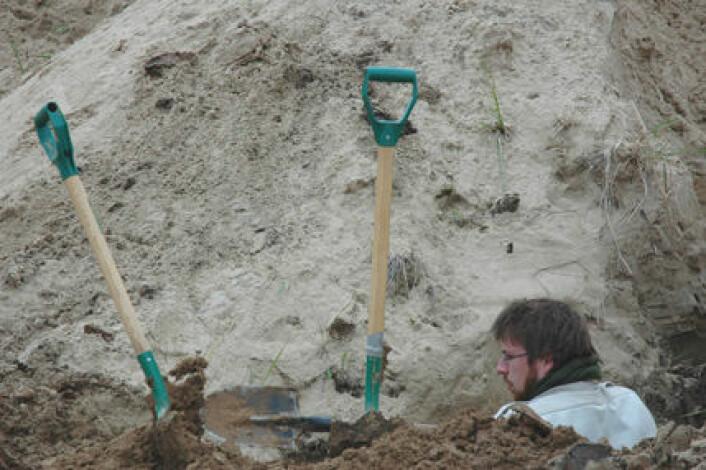 """""""Forskerne graver seg bokstavelig talt ned i lagene som er avsatt gjennom siste istid."""""""