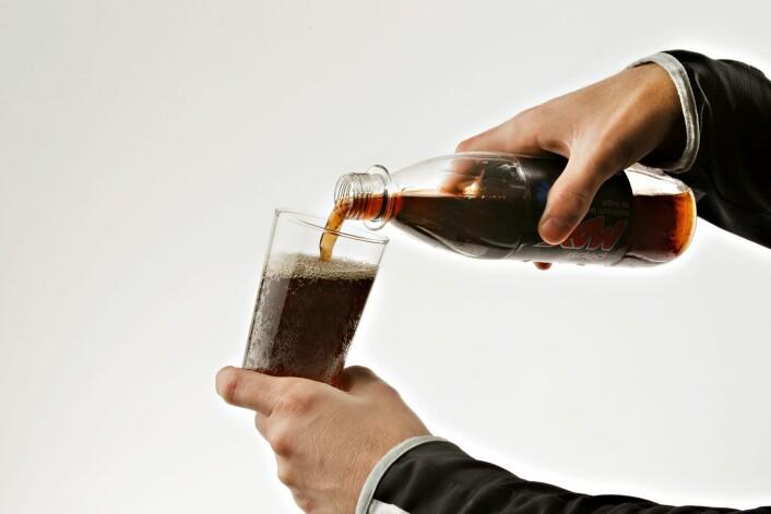 Er aspartam farlig? Det spørsmålet har i mange år vært kontroversielt blant forbrukere, forskere og myndigheter, men nylig konkluderte EUs matvarepanel med at stoffet ikke er farlig i de tillatte mengdene. Ikke alle forskere er enige. (Foto: Roger Neumann, VG)