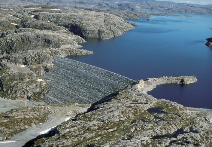 Oddatjønn dam i Rogaland er en av kildene til vannkraften Statkraft produserer. (Foto: Statkraft)