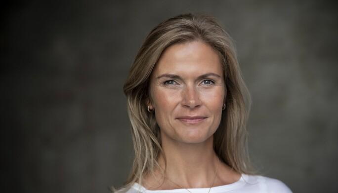 Karoline Kopperud er førsteamanuensis ved Handelshøyskolen på OsloMet og forsker på ledelse, jobbengasjement og arbeidsglede.