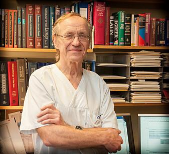 Professor Jostein Halgunset var med å bygge opp anatomisk laboratorium ved St.Olavs Hospital i sin tid, og har utformet mye av litteraturen som benyttes.