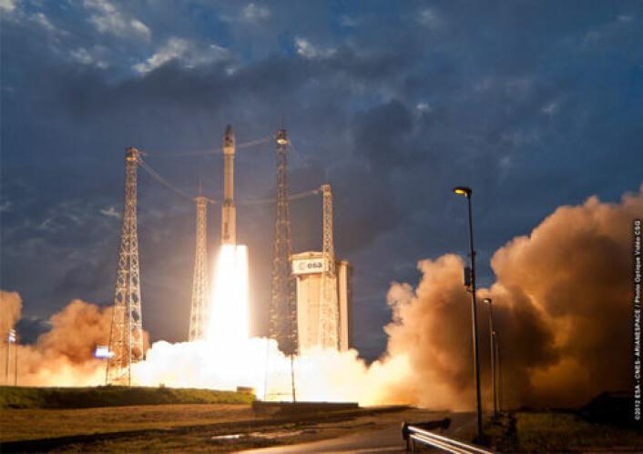 Den europeiske bæreraketten Vega ble for første gang skutt opp fra Fransk Guyana mandag. (Foto: ESA/CNES/Arianespace/Optique Video du CSG)