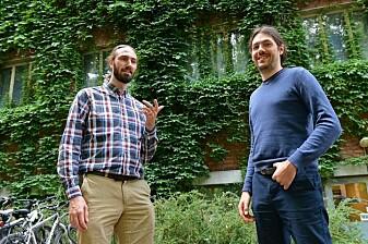 Tor Ole Odden og Alessandro Marin har brukt maskinlæringsteknikk for analyse av ulike tekster.