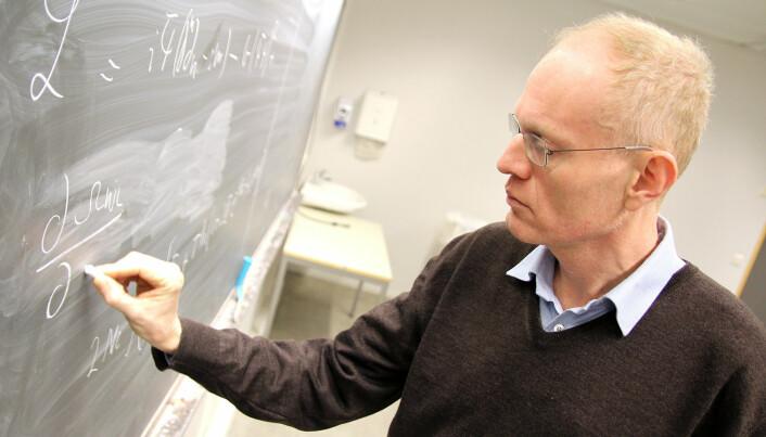 Gravitasjonsbølger har allerede gitt to Nobel-priser. Det kan komme flere, tror fysikkprofessor Jens Oluf Andersen.