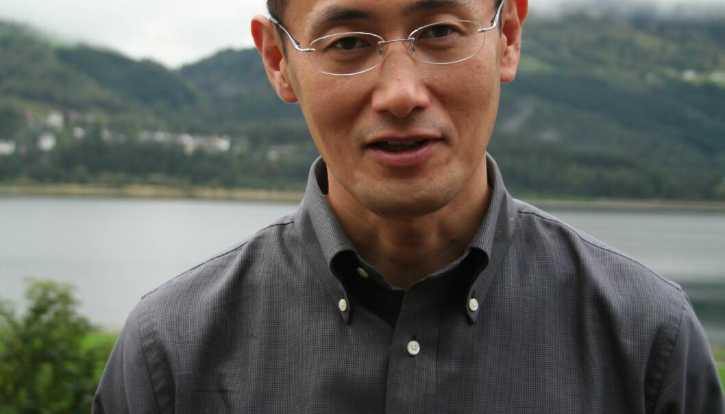 """""""Shinya Yamanaka har skapt et lite jordskjelv i stamcelleforskningsmiljøet. Den japanske forskeren besøkte en stamcellekonferanse på Voss i 2006. (Foto: Kristin S. Grønli)."""""""