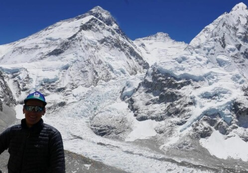 Climbing route at Mount Everest becomes safer with satellite and tracking data