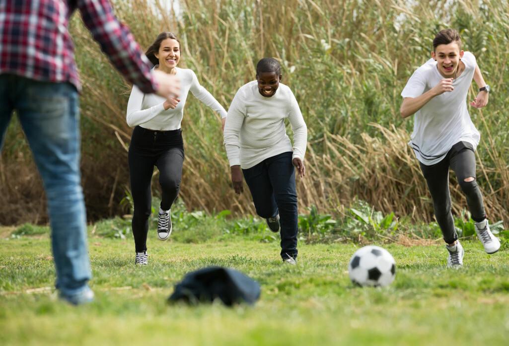På en ungdomsskole i Stavanger har de gjennomført tre ukentlige økter á 30 minutt med obligatorisk og lærerstyrt fysisk aktivitet for elevene.