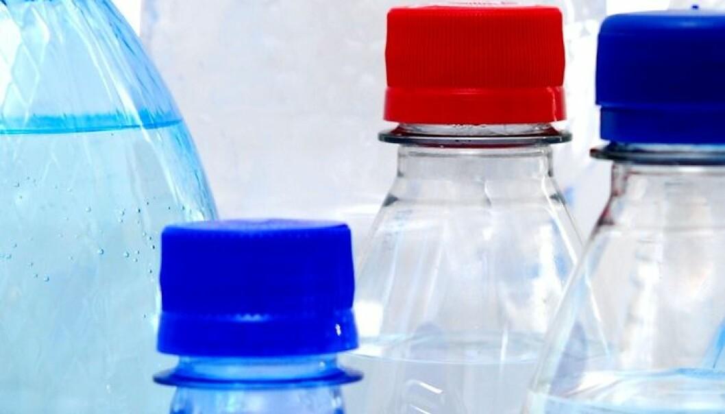 Med raskere nedbryting er det enda mer realistisk å erstatte biobaserte materialer med oljebasert emballasje. Colourbox