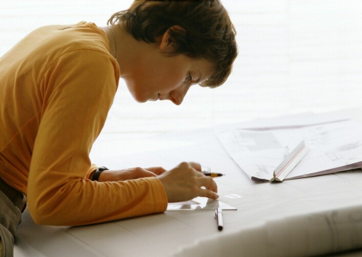Når en tegning fungerer, tegner den nesten seg selv. Den fører tegneren et sted vedkommende ikke visste eksisterte. Den setter ord på det som ikke er formulert. Det øyeblikket hvor tegningen tegner seg selv, er omdreiningspunktet for ny avhandling. (Foto: Colourbox)