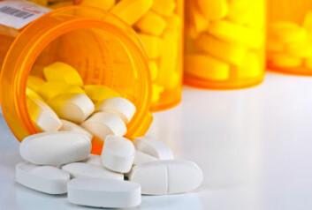 Homeopatisk medisin er hvite piller uten påviselig virkestoffer. Likevel skal de hjelpe, hevder homeopatene, som tilbyr sine tjenester i kriserammede og fattige land. (Illustrasjonsfoto: iStockphoto)