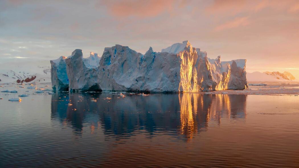 Når Antarktis smelter, vil havet stige, og det vil særlig ramme den nordlige halvkulen. Men med Antarktis er fortsatt mange ukjente faktorer, understreker forsker.