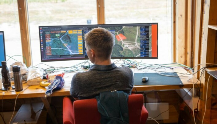 Informasjonen fra sensorene blir matet inn i et 3D-kart soldatene kan bruke for å orientere seg.