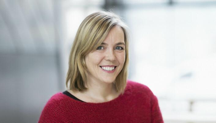 Professor Therese Standal og hennes forskningsgruppe hos CEMIR ved NTNU har funnet ut at årsaken til det hullete skjelettet er for lite sukker.