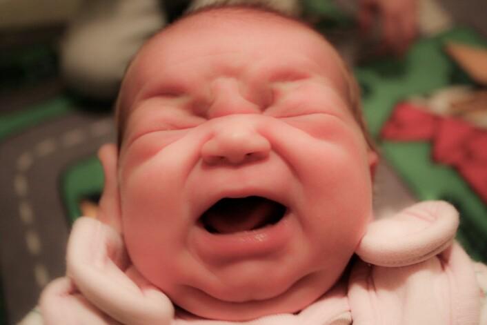 Etter tre søvnløse uker er det kanskje ikke så lett å se hva det egentlig er som er så fantastisk med unger. (Foto: Colourbox)