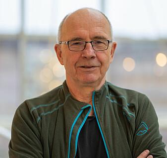 Professor Ragnar Olsen har gjennomgått all nåværende forskning som fins om mikroplast i fisk og sjømat.