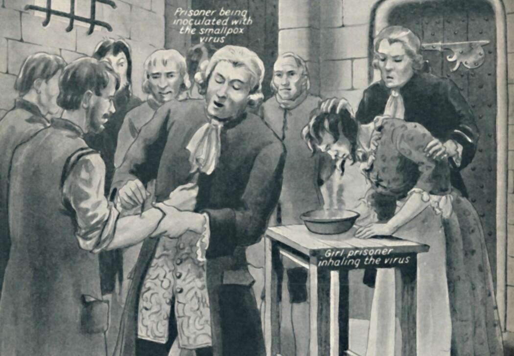 I 1721 fikk fanger i Newgate-fengselet påført puss fra blemmer hos personer med kopper. Målet var å undersøke om smitten ga immunitet mot sykdommen. Illustrasjonen viser et lignende forsøk i samme fengsel.