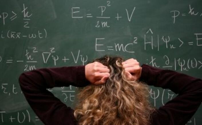 Mange norske elever vet lite om hvorfor reglene for algebraregning er som de er. Det må rettes på om Norge skal klatre på de internasjonale skolerankingene. (Foto: Istockphoto)