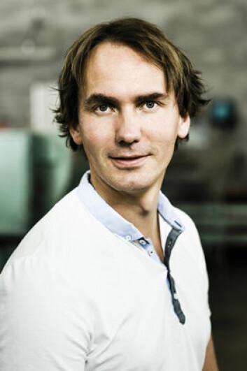 Folk har større tro på samfunnsansvaret i et lokalt, lite, familieeid sagbruk enn i et større aksjeselskap, mener Erlend Nybakk. (Foto: Gisle Bjørneby, Skog og landskap)