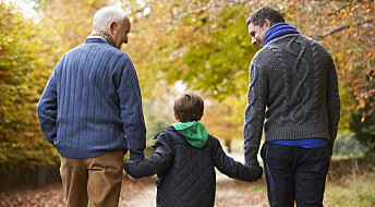 Det kan være farlig for eldre å bo sammen med yngre under koronaen, viser svensk forskning