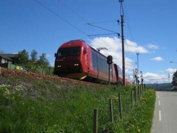 Selv små forsinkelser i avgangstid kan skape forsinkelser for andre tog så lenge som to og en halv time etterpå. (Foto: Haakon Hille Hustad)