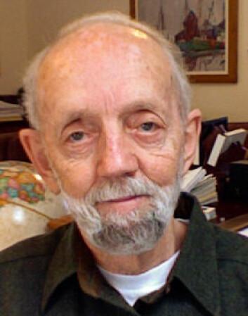 Raymond S. Nickerson råder psykologkolleger til å bruke kryssord oftere i forskningen sin. (Foto: Privat)