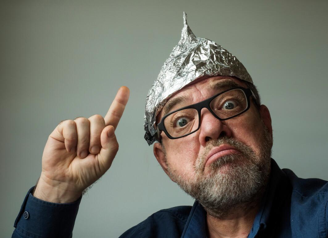 Hvordan snakker du på en fornuftig måte med konspirasjonsteoretikere uten å miste besinnelsen?