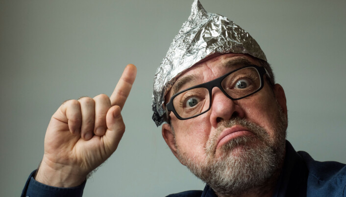 Fire forsker-råd: Slik snakker du med en konspirasjonsteoretiker