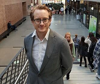 – Teknologi tar noen jobber og utvikler nye, sier professor Morten Goodwin ved UiAs Senter for forskning på kunstig intelligens (Cair).