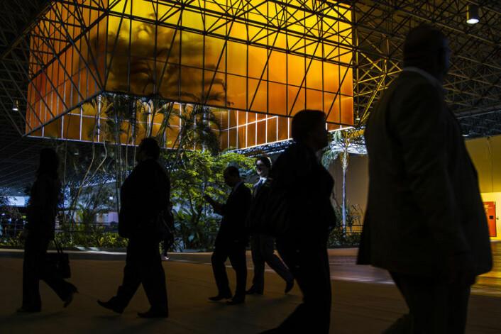 Fra paviljongene inne i konferansesenter der Rio 20-møtet avholdes. (Foto: UN Photo/Guilherme Costa)