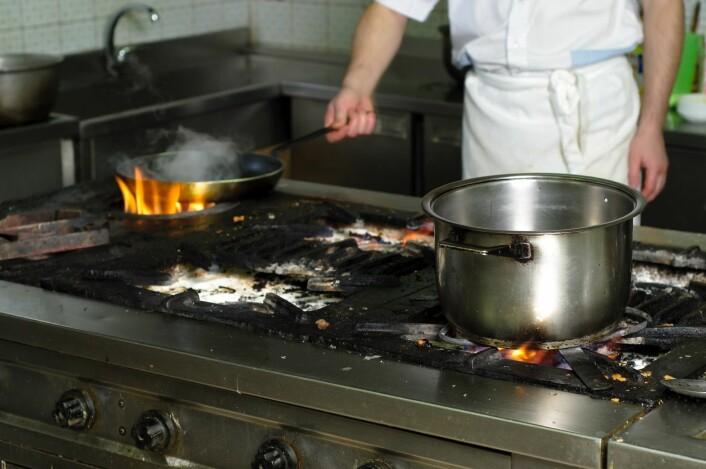 Dårlig hygiene er en av årsakene til matforgiftning på restaurant. (Foto: Colourbox)