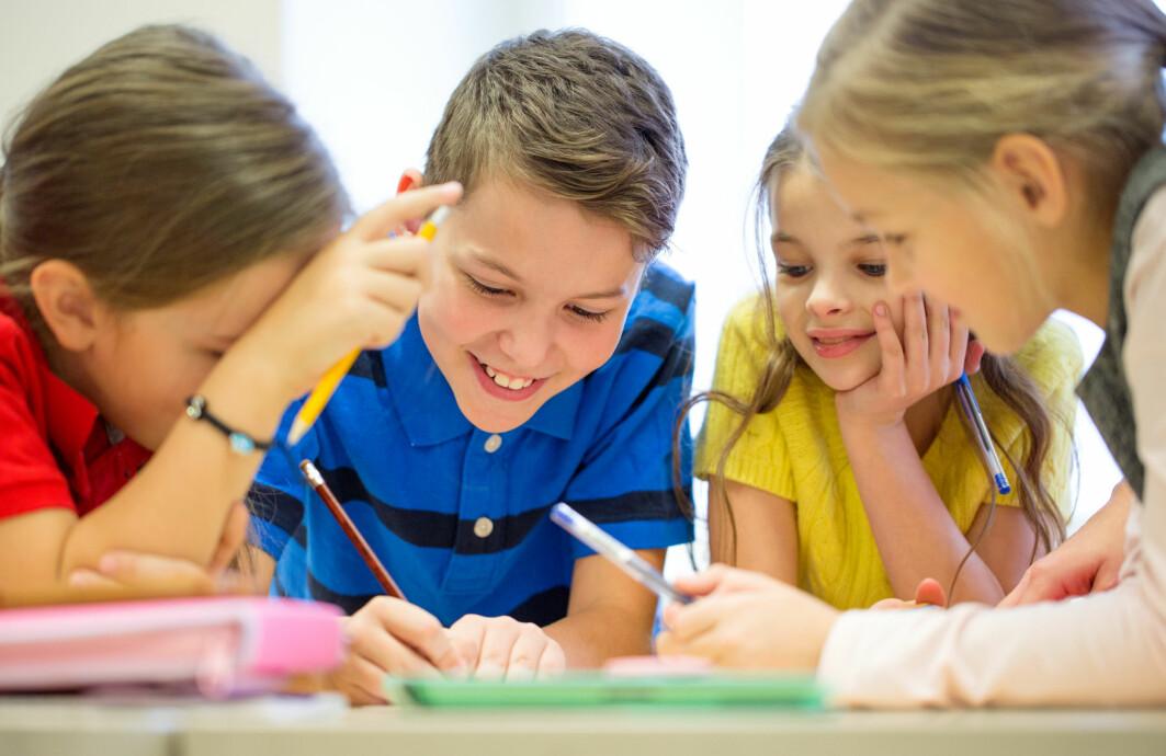 De aller fleste elevene i undersøkelsen hadde en stabil utvikling av sosiale ferdigheter fra 4. til 7. klasse.