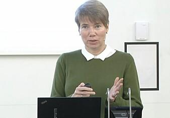 Anne Skevik Grødem minner om at de som er 60 år i dag har vært med på hele den teknologiske utviklingen. De har vært nødt til å lære seg noe nytt hele tiden.
