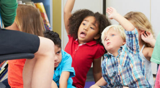 Voksne i barnehagen snakker lite med barna
