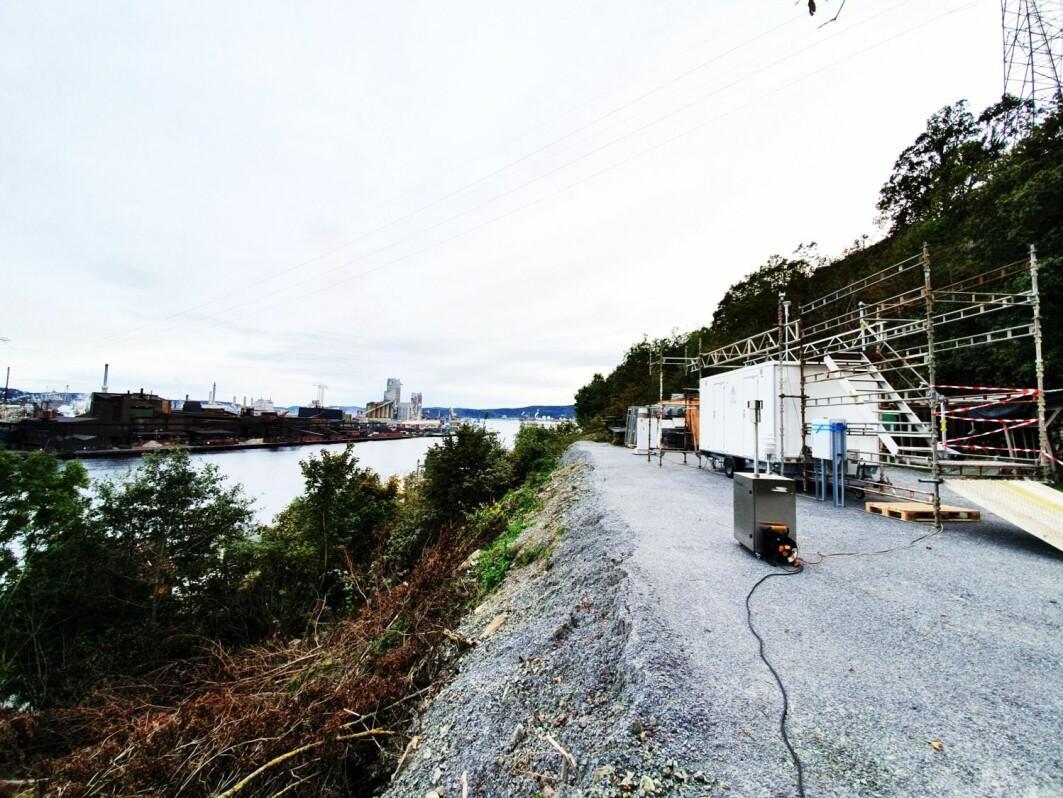 Et av målestedene ved Herøya i Porsgrunn, hvor metaller, nedfallsstøv og svevestøv ble målt samtidig i sanntid for første gang.