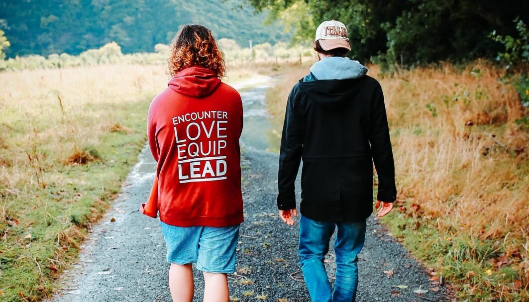Forskerne anbefaler at ungdommene ikke bare betraktes som behandlingstrengende, men også som individer med ressurser og styrker.