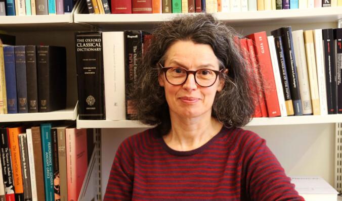 På 300-tallet fvt. blir diskusjonen om drømmer bredere og mer variert, sier Anastasia Maravela, professor i gammelgresk ved Universitetet i Oslo.